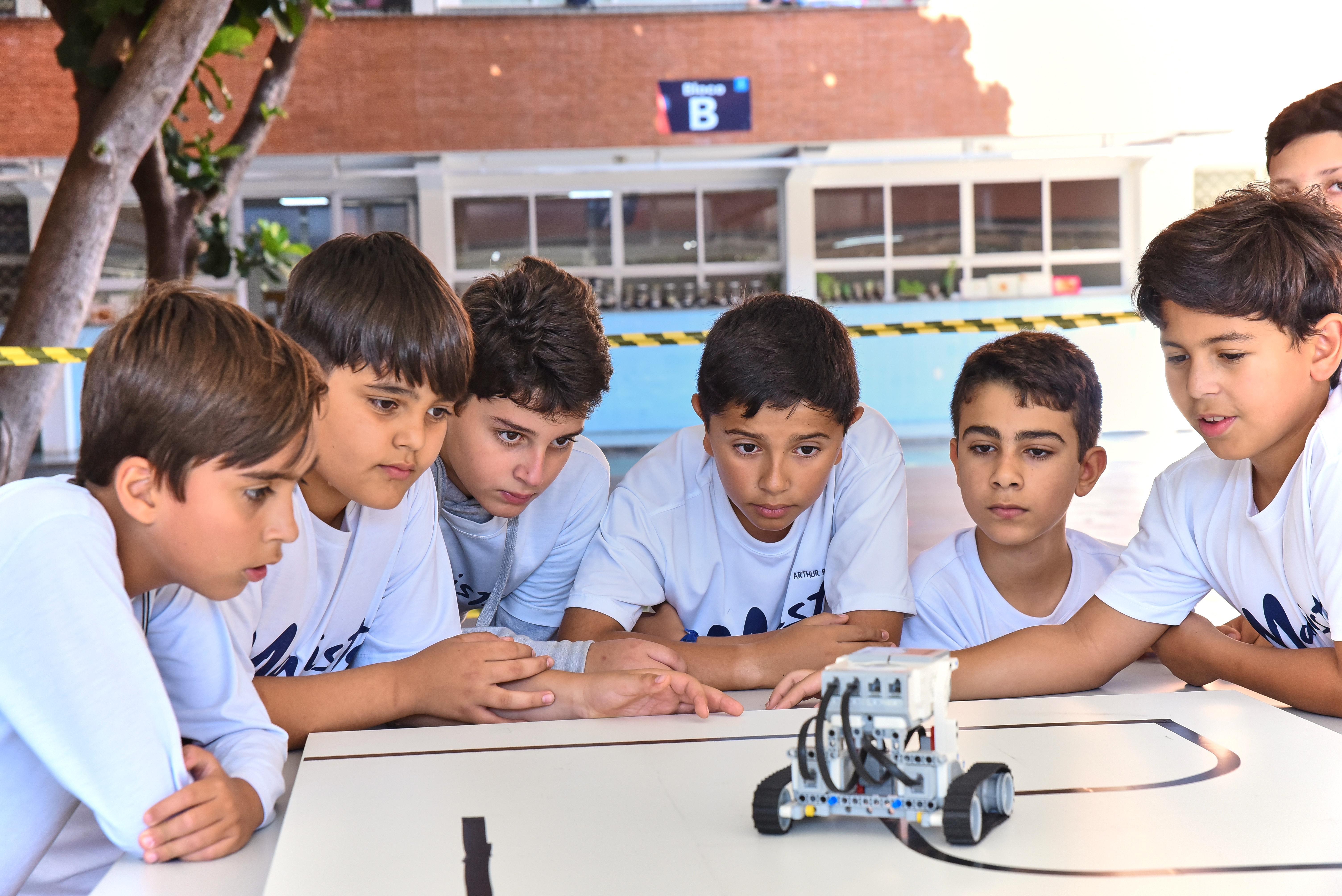 e935428f0 ... Colégio Marista Goiânia promove Semana da Matemática